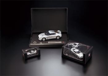 NISSAN GT-R モデルカー