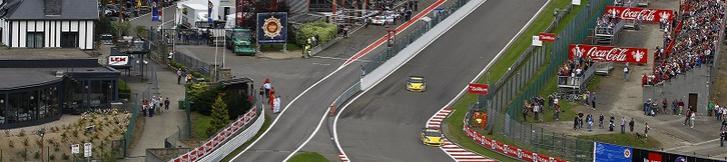 FIA GT 3戦連続表彰台ならず・・・